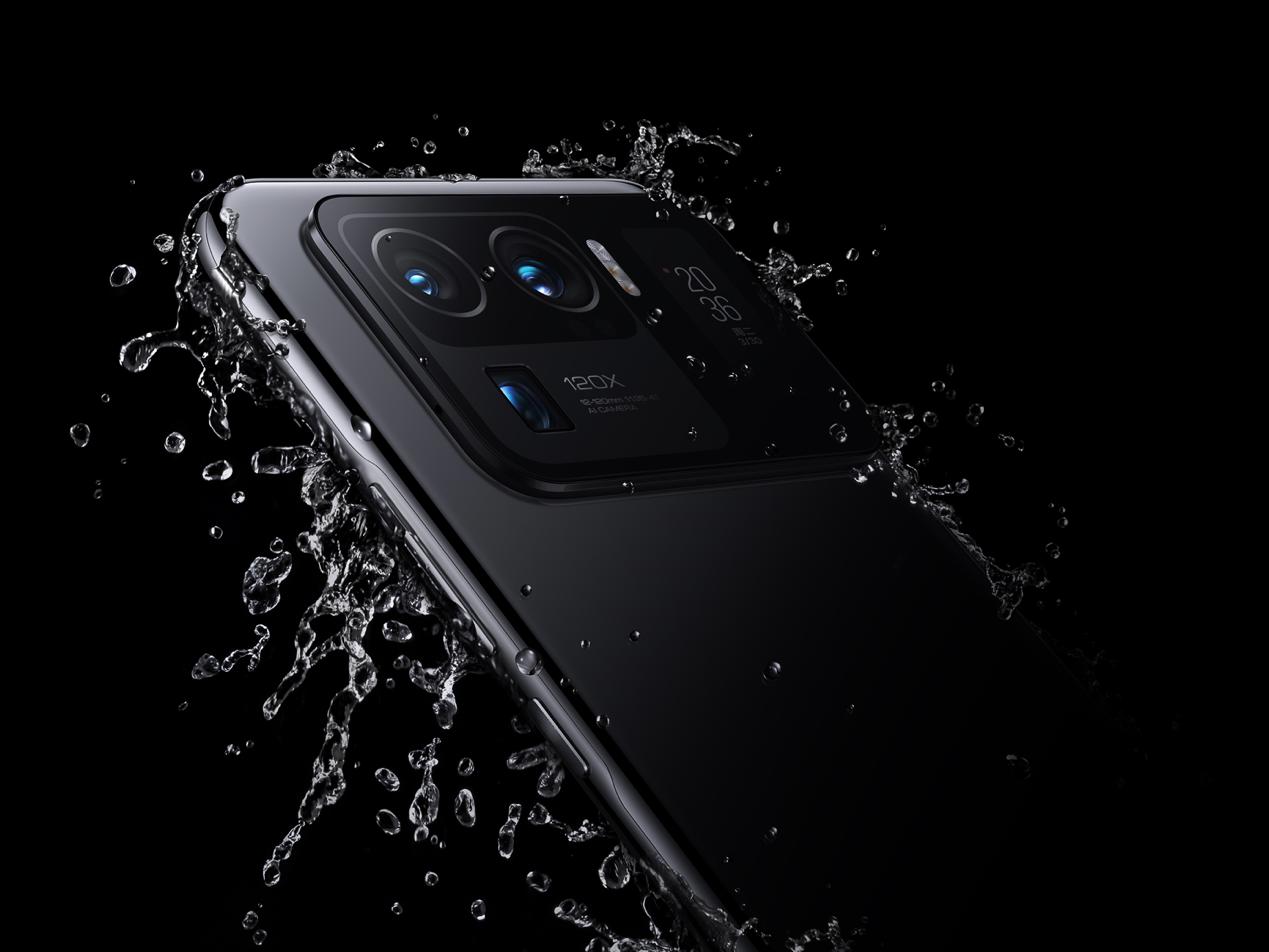 黑色的手机 中度可信度描述已自动生成