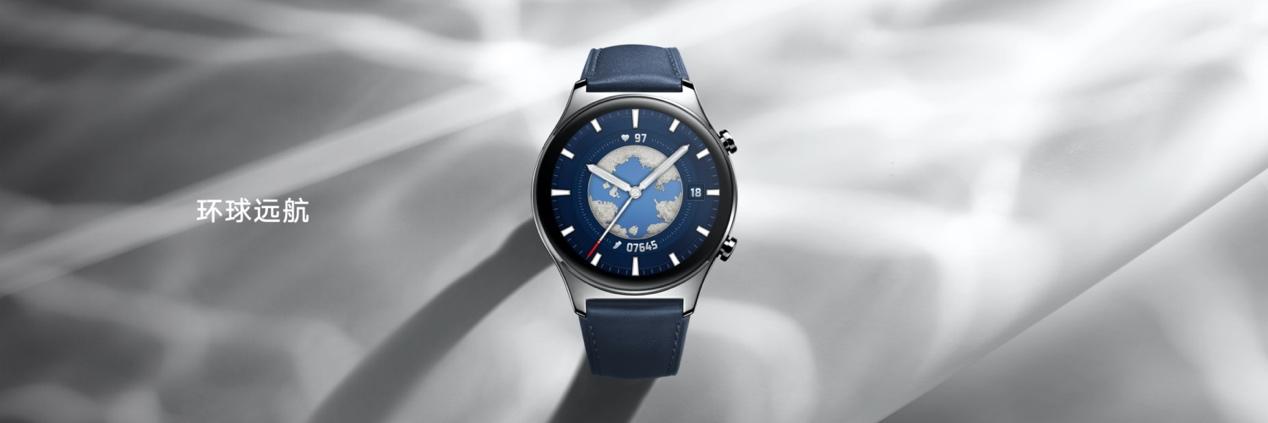 有钟表的手表  描述已自动生成